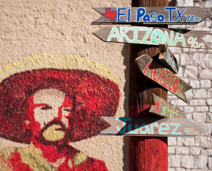 Sign-post at US-Mexico border